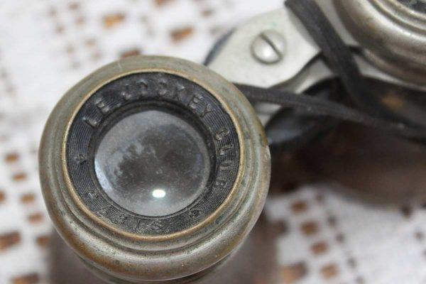 World War One Binoculars: Detail