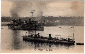 Old Postcard - Brest, France : La Rade