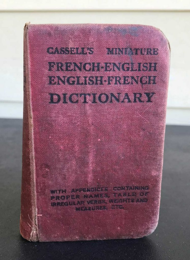 World War One Cassell's Miniature French-English Dictionary with Appendices containing proper names, table of irregular verbs, weight and measures, etc.